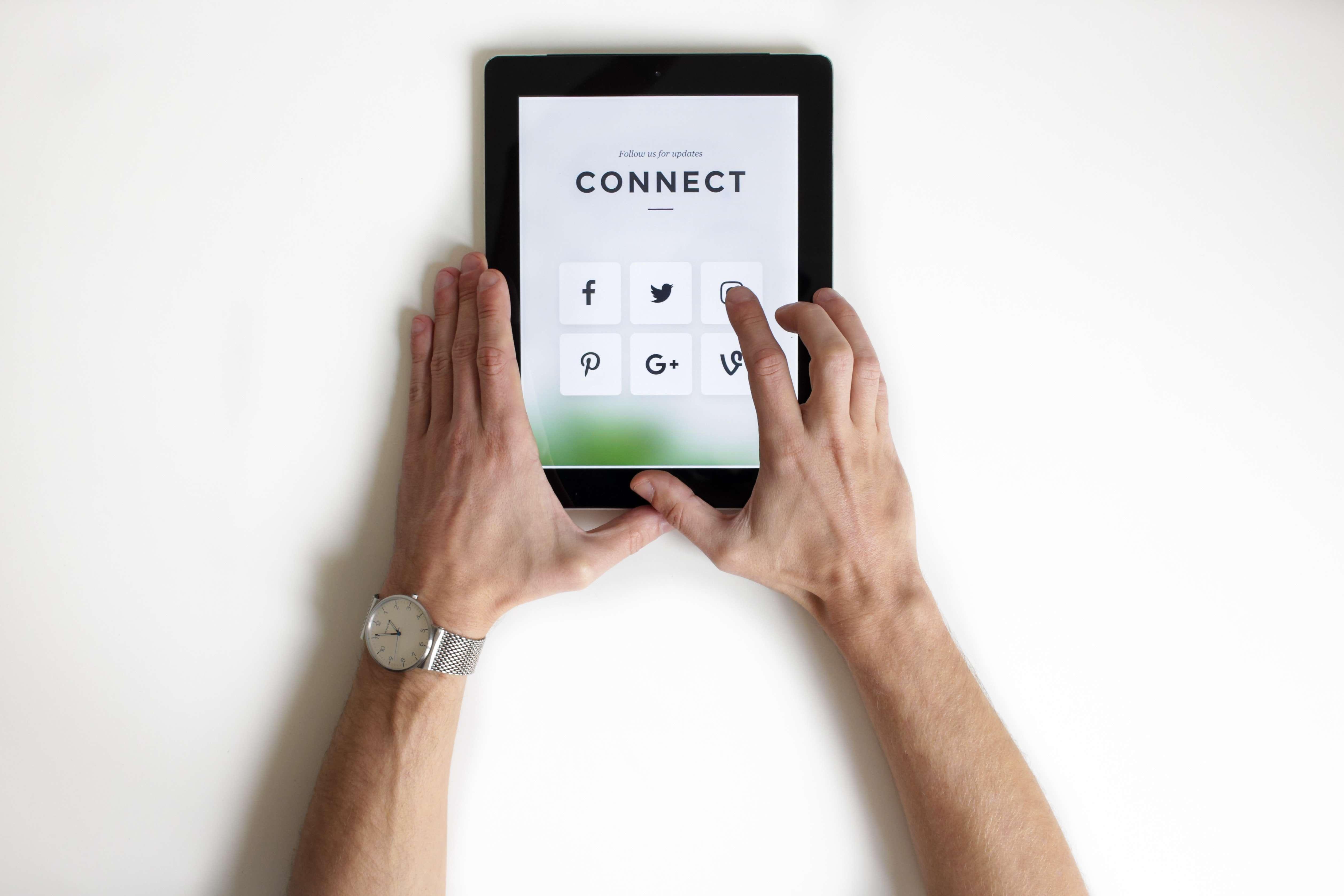 Social Media website traffic