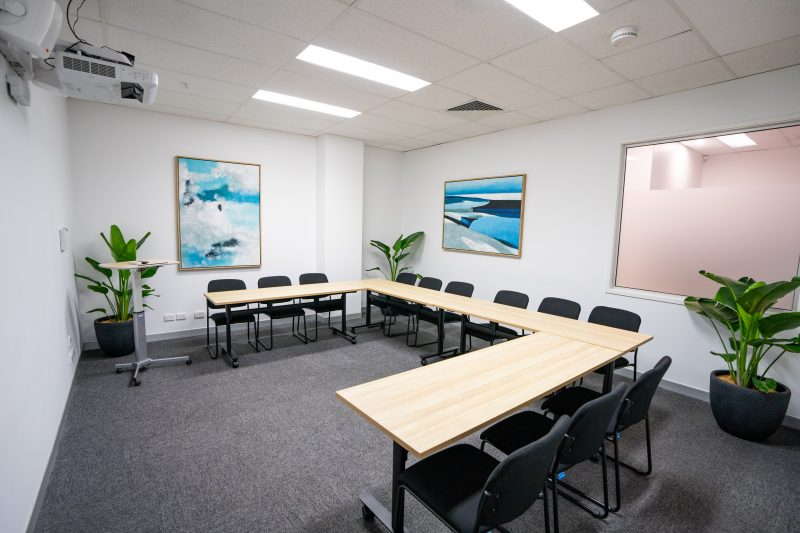 The Mowbray Workshop Studio is the newest flexible space at Studio 42 Workspaces! It has been thoughtfully designed to facilitate large board meetings, creative sessions, team training, all-day workshops, client presentations or even meditation sessions!